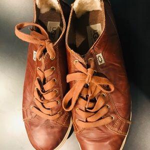 UGG VANOWEN Brown Leather Men Sz 10.5